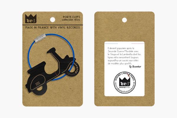 le scooter porte clef en vinyle bleuroydesign. Black Bedroom Furniture Sets. Home Design Ideas